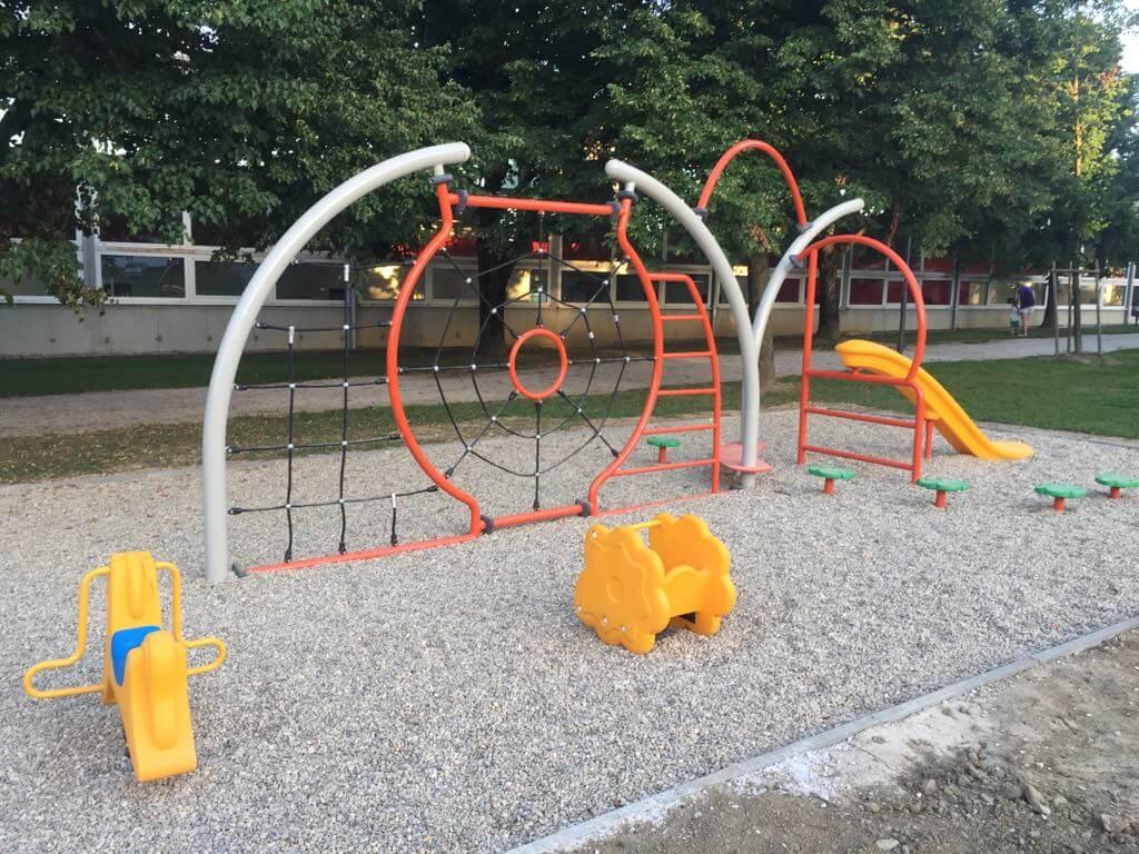 Otroški plezalno motorični park v Slovenski Bistrici